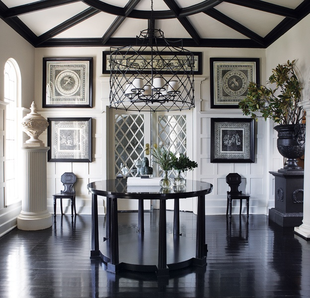 Dramatic Foyer Lighting : Reasons why every foyer needs a table the enchanted home