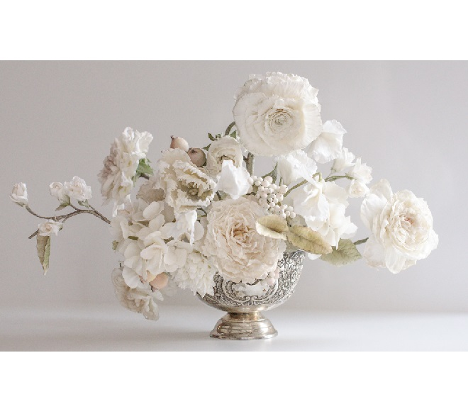 floral-arrangement-in-silver