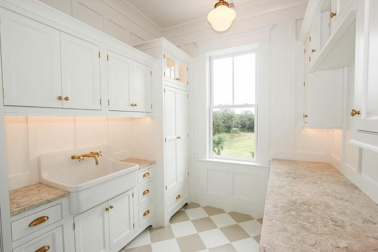 white-beige-harlequin-floor-tiles-laundry-room-apron-sink-schoolhouse-light