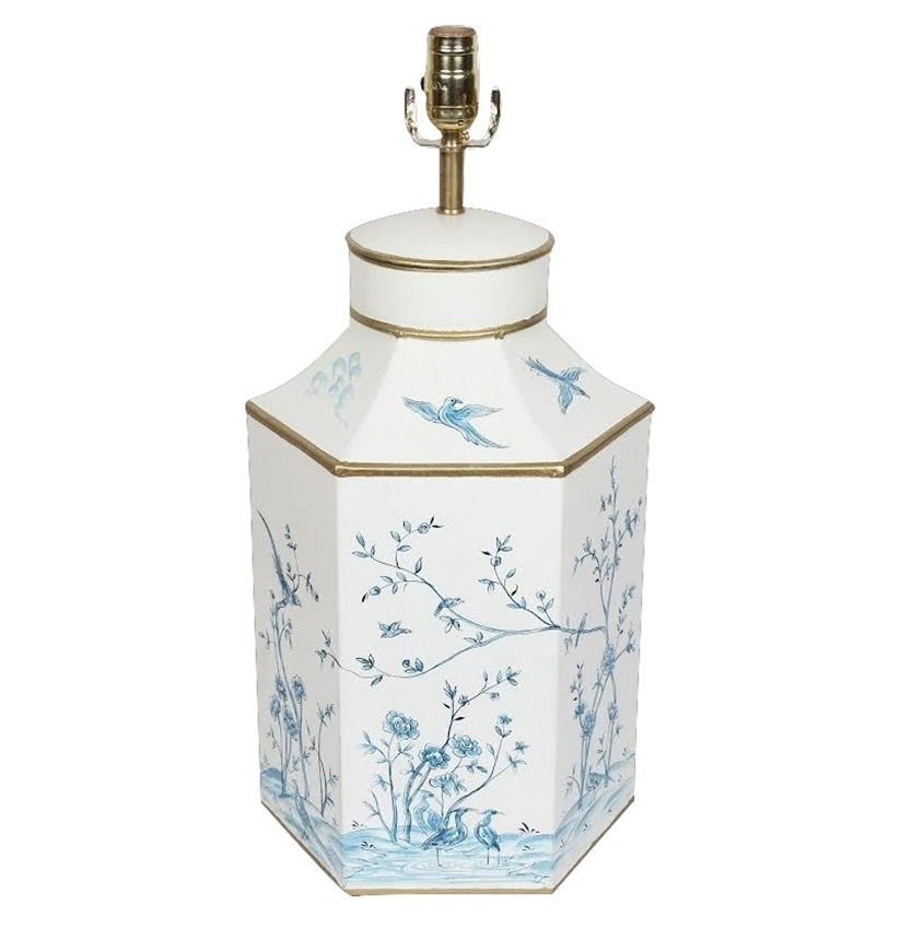 BEAUTIFUL BLUE/IVORY HEXAGON CHINOISERIE LAMP